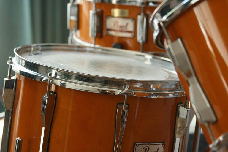 academia aprender tocar batería
