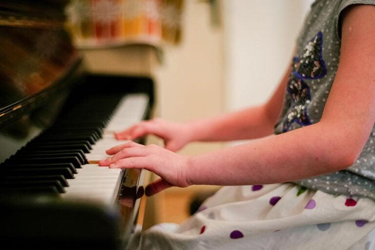 clases aprender piano