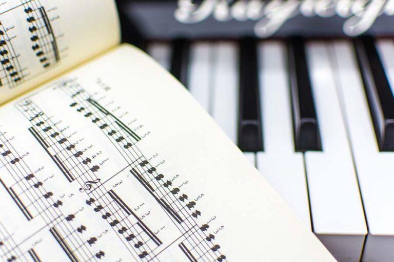 profesor piano academia
