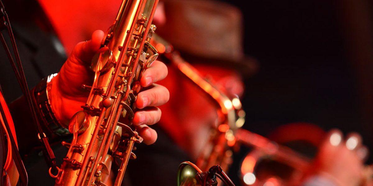 aprender a tocar saxofon