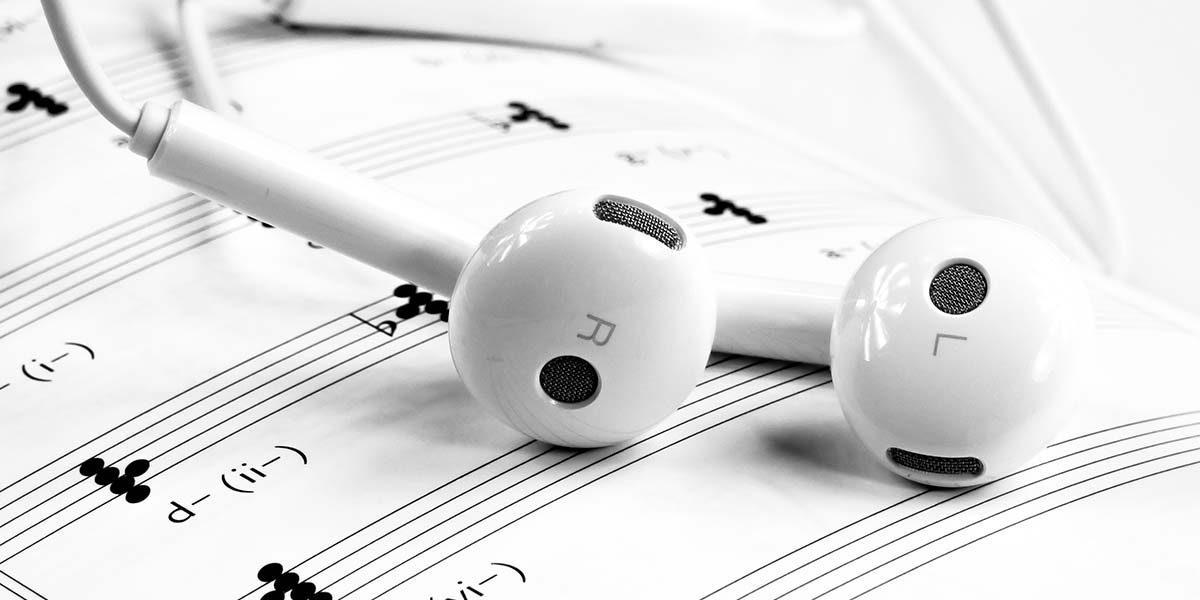 aprender escuchar música