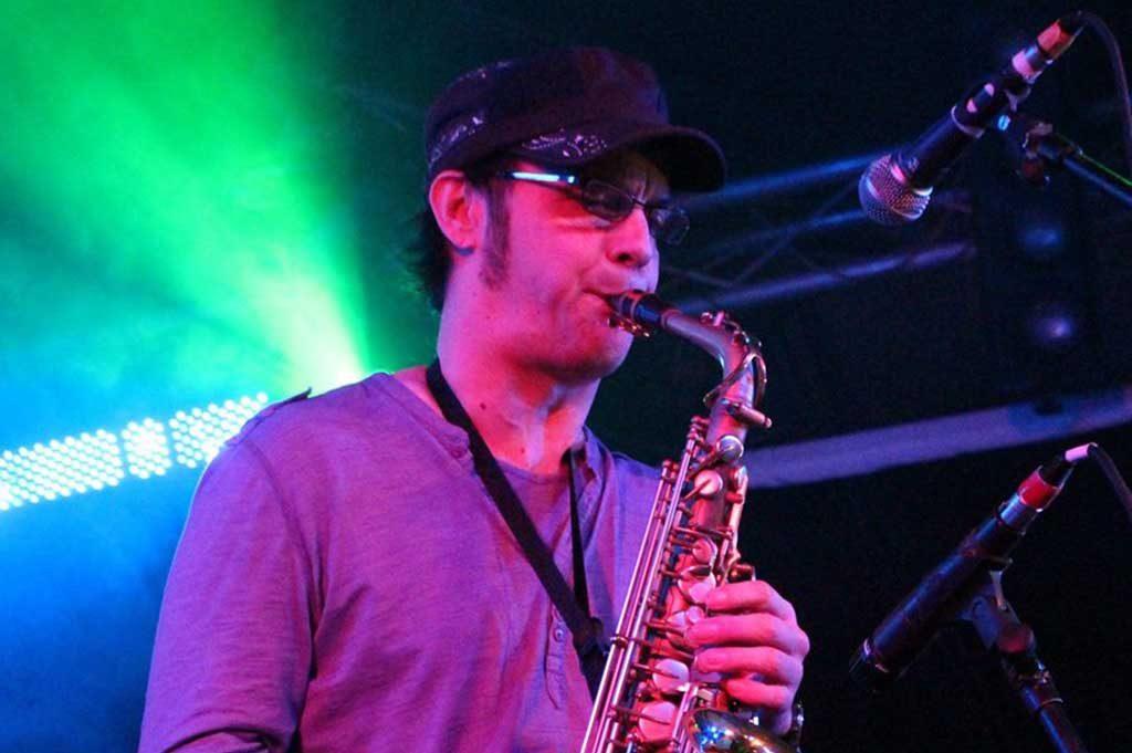 juan tamayo profesor saxofón