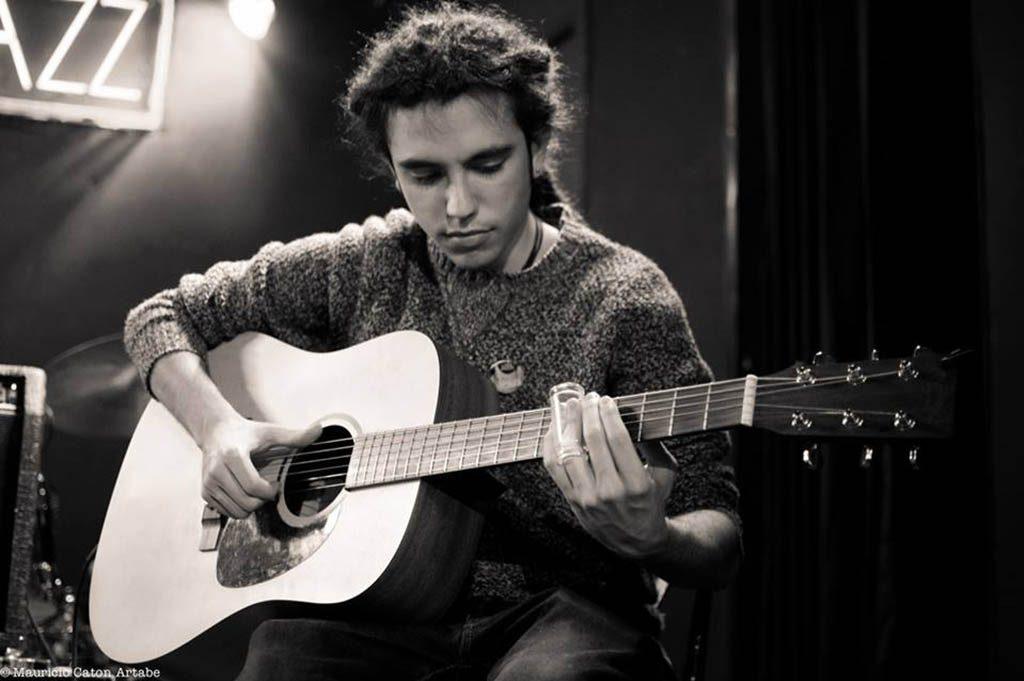 profesor guitarra clásica madrid